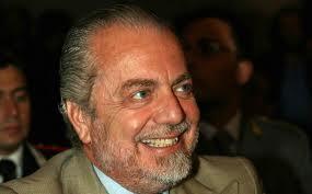 Non capisco perchè il presidente ride di fronte alla offerta di chi vuole comprare Hamsik per 20 milioni!...