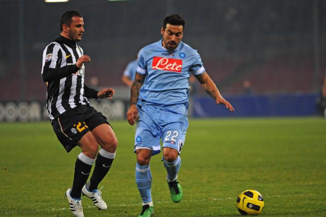 Napoli - Juventus 3-3 è stata una partita che ha detto tante cose. Un match dai mille volti che ha mostrato un Napoli bello ma sulle gambe e una Juve in difficoltà ma che però non si arrende mai