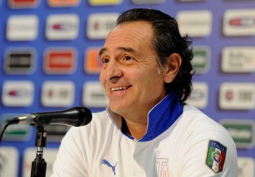 L'Italia di Cesare Prandelli è stata sconfitta per uno a zero dagli Stati Uniti in una partita amichevole giocata allo stadio Luigi Ferraris di Genova