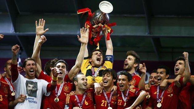 La Spagna umilia un'Italia irriconoscibile e conserva il titolo di Campione d'Europa. Un dominio schiacciante, sfociato in un impietoso 4-0
