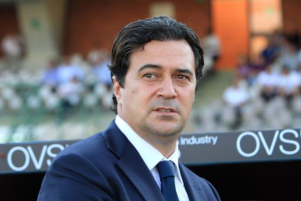 Massimo Ficcadenti lascia il Cagliari. Con Diego Lopez pronto a prendere la panchina, l'ormai ex allenatore lascia con le dimissioni