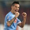 Domenica nove marzo alle ore 20.45 allo stadio San Paolo, gli azzurri del Napoli affronteranno la Roma seconda in classifica. Una partita di vincere per la rincorsa al secondo posto