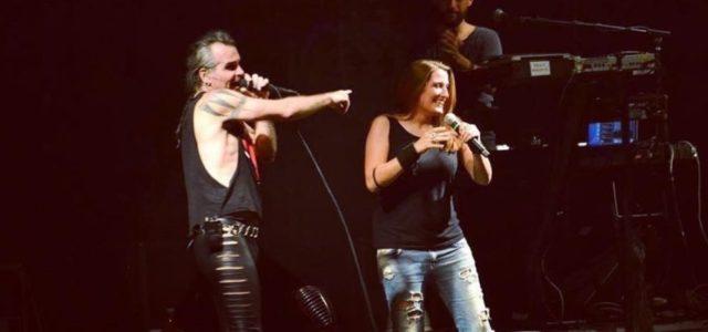 La rocker partenopea si presenta con un nuovo singolo in italiano e fa intendere che sta lavorando ad un nuovo album